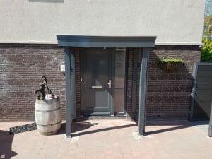 Deurluifel - Luifel deur - Maatwerk deurluifel - Luxe deurluifel - Handgemaakte deurluifel - Voordeurluifel - Deurluifel op maat