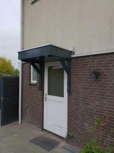 Deurluifel - Luifel deur - Maatwerk deurluifel - Luxe deurluifel - Handgemaakte deurluifel - Voordeurluifel -