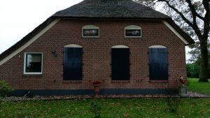 Maatwerk raamluiken - Raamluiken op maat laten maken - Houten luiken - Klussenbedrijf CDV Dienstverlening - Drenthe - Overijssel - Groningen