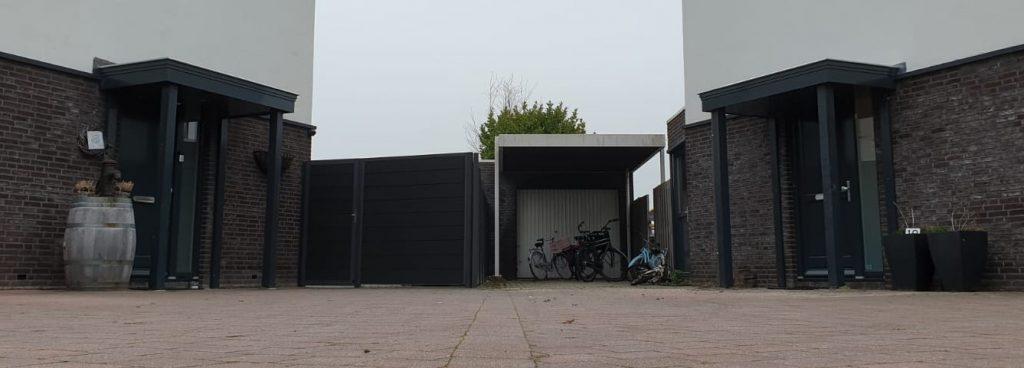 Deurluifel - Luifel voordeur - Maatwerk deurluifel - Luxe deurluifel - Handgemaakte deurluifel -Maatwerk Voordeurluifel - Houten deurluifel - op maat gemaakt - Klussenbedrijf CDV Dienstverlening